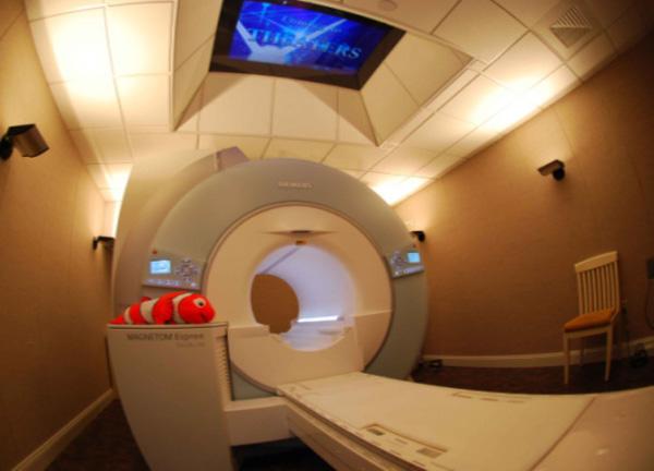 Когда нужен контраст при МРТ?